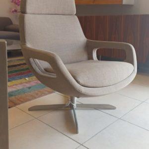 כורסא MORO